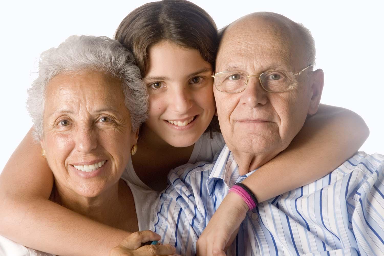 Пожилые родители и дети фото