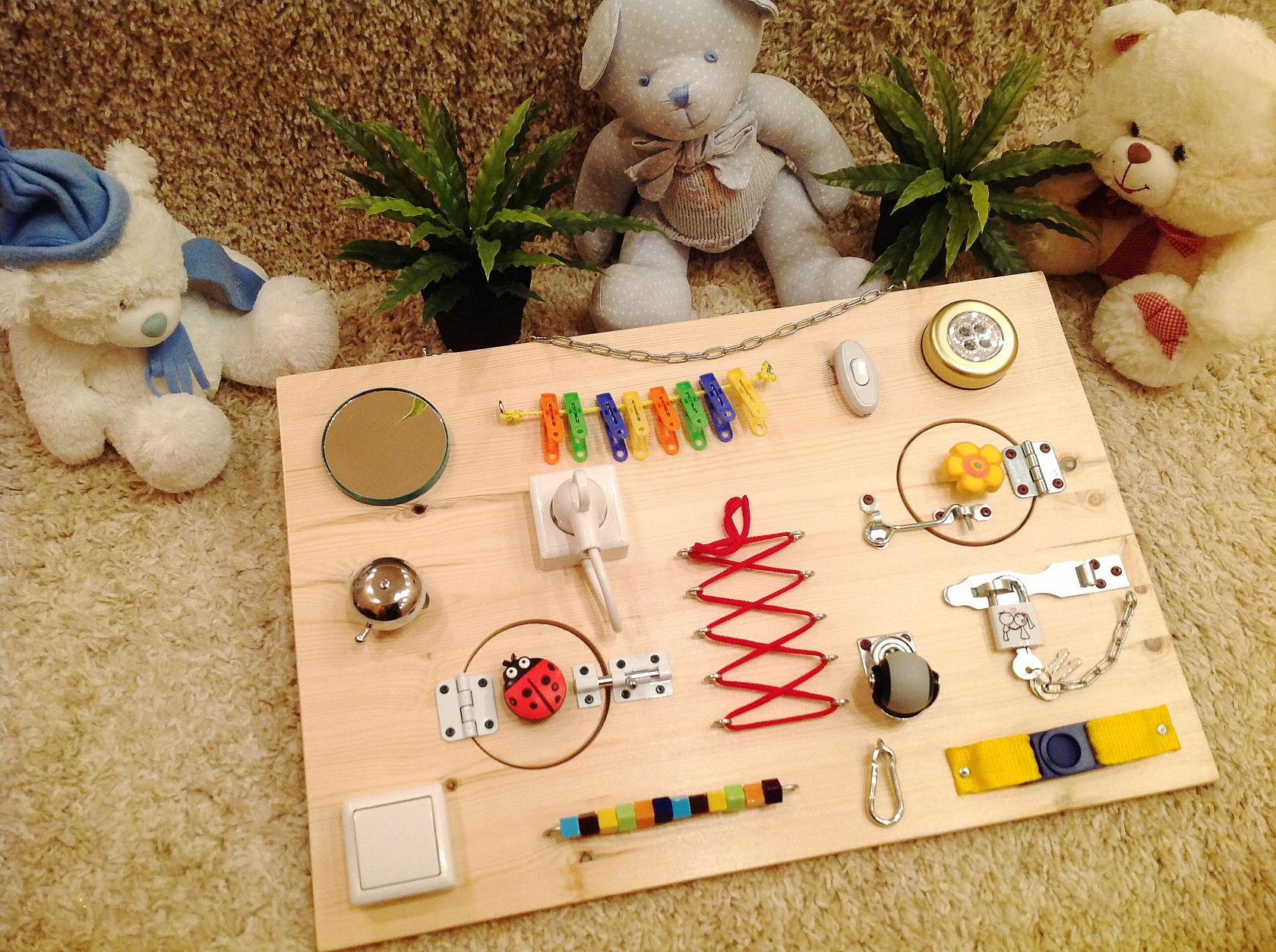 Как сделать бизиборд для ребенка мастер класс