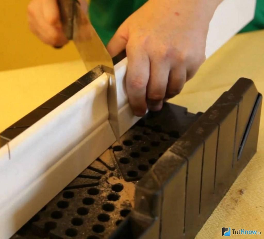 Как сделать угол на полу