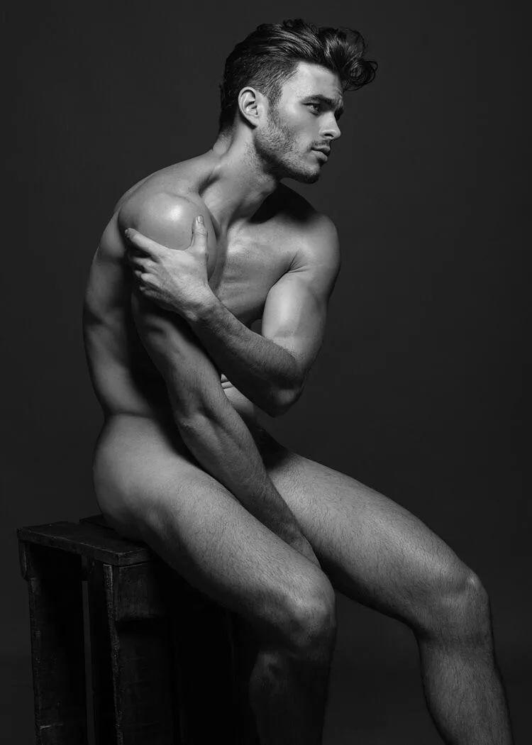 Фото Обнаженных Мужчин Моделей