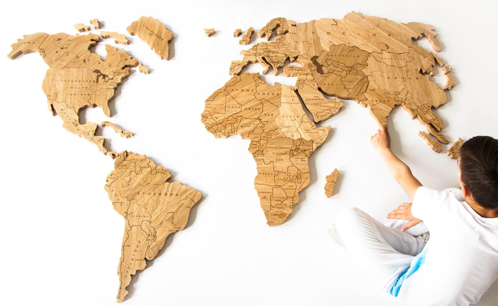 Карта мира из дерева 39