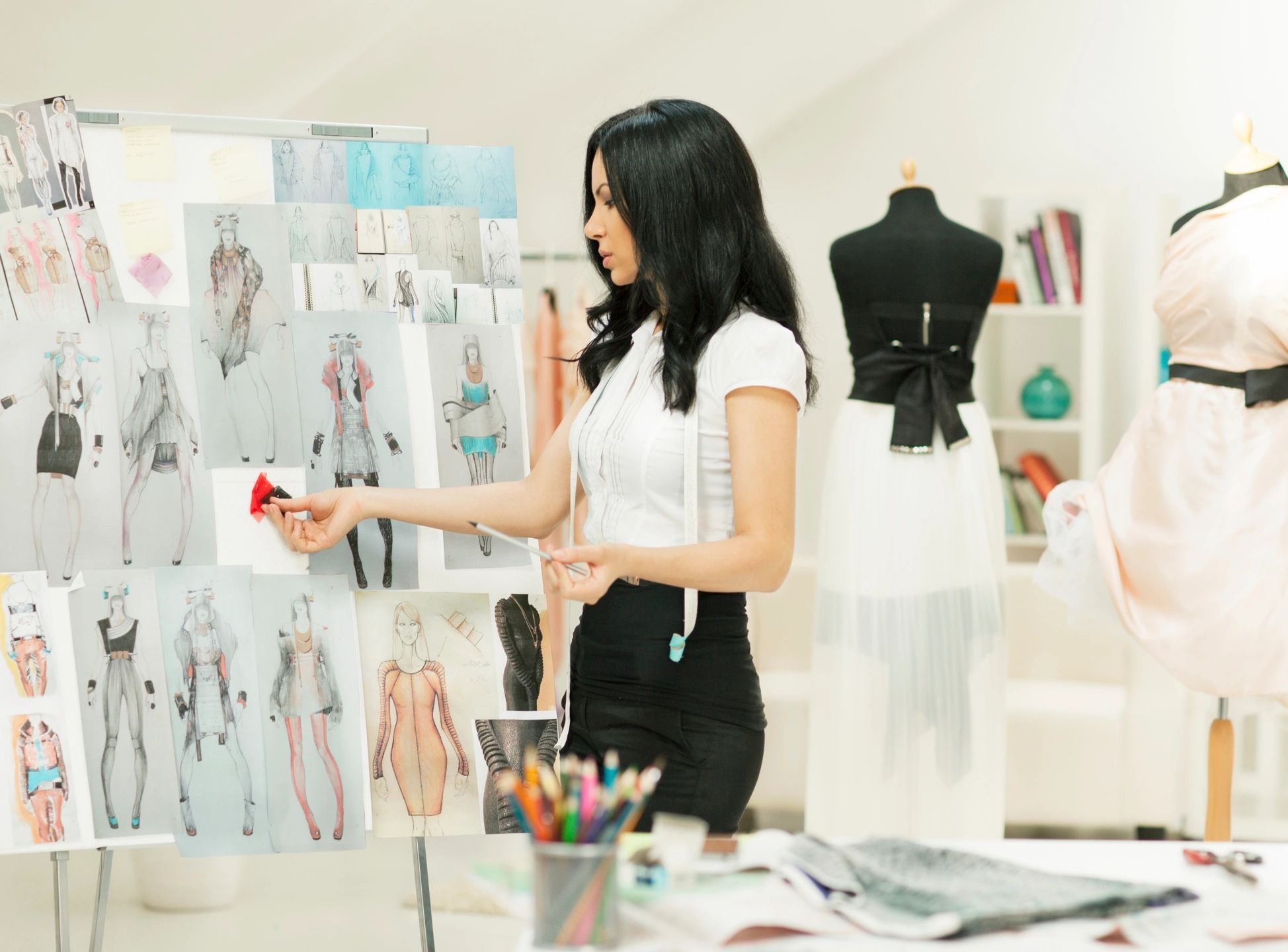 How to Become a Fashion Designer: 14 Steps (with Pictures) 69