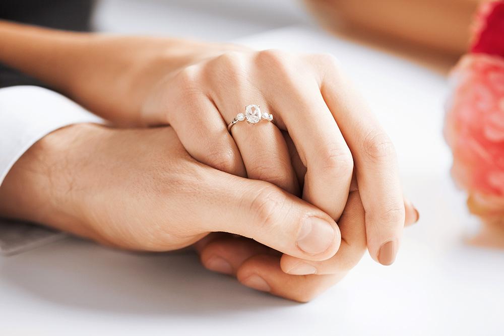 Приметы подарок кольцо 92