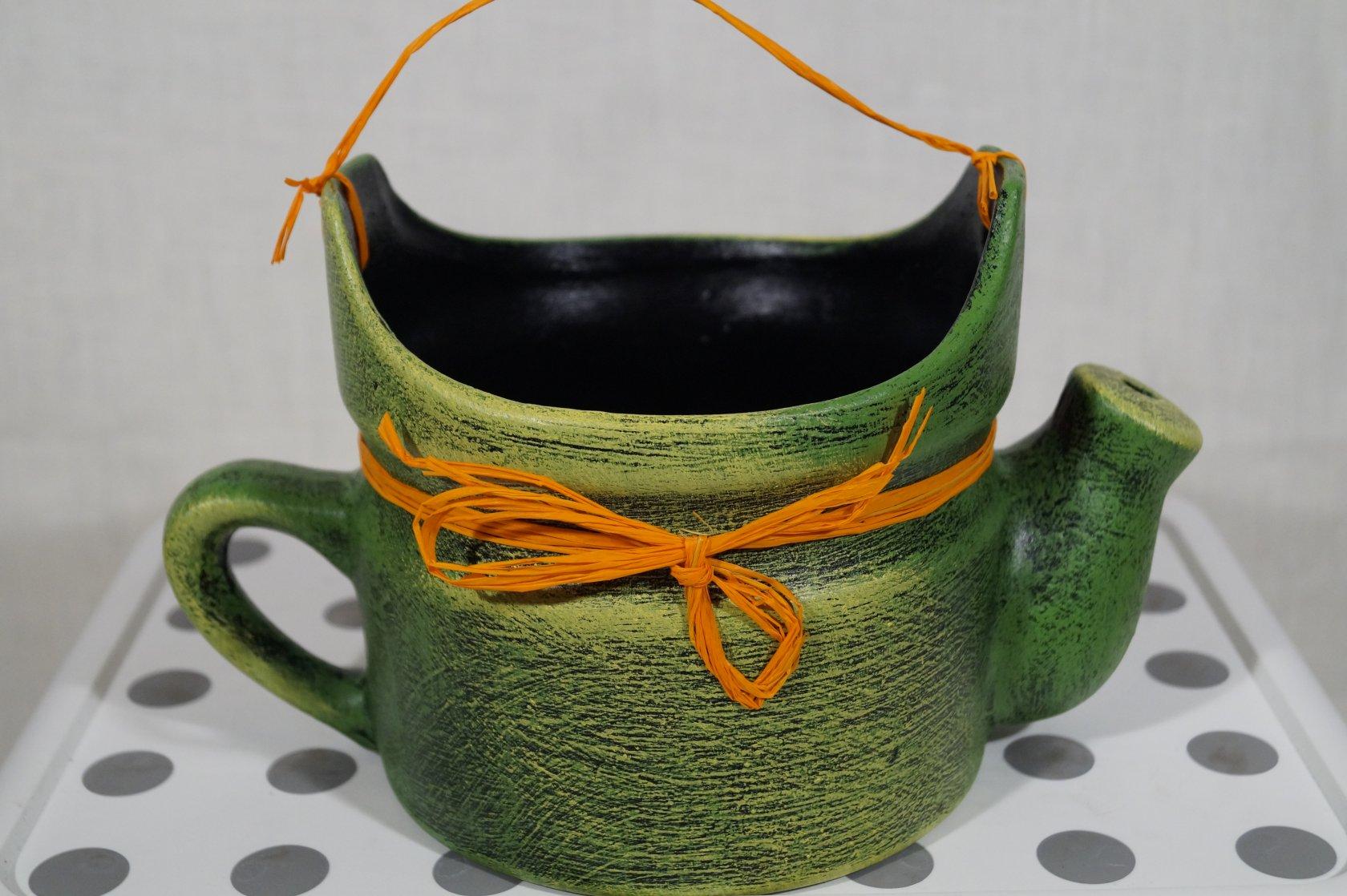 Горшок для цветов из чайника фото