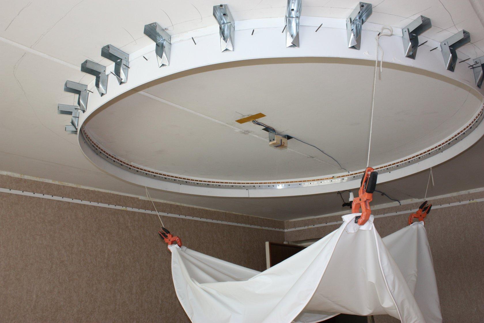 Как сделать каркас для двухуровневого потолка6