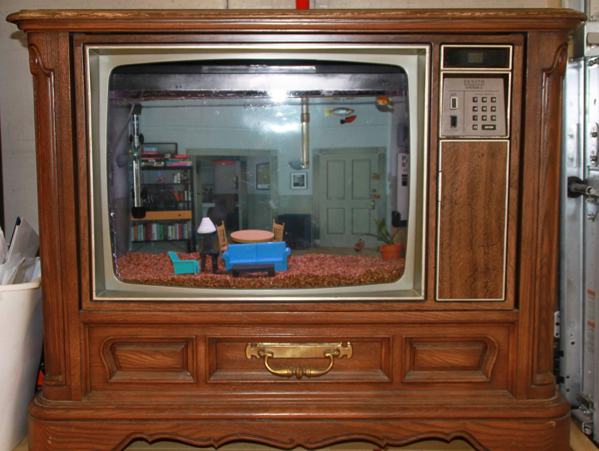 Что и как можно сделать из старого телевизора? Когда умелые руки лучше 95