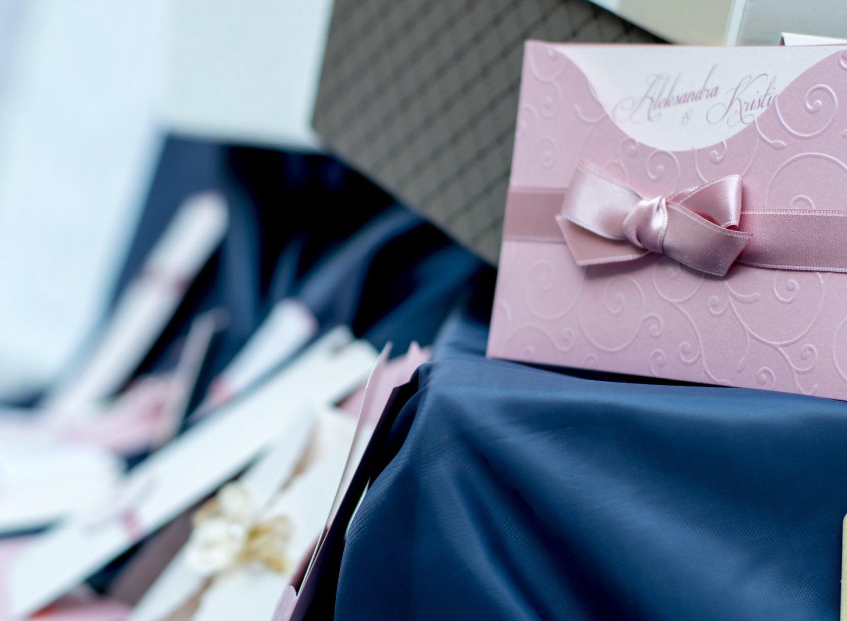 Подарок на свадьбу родственникам 5