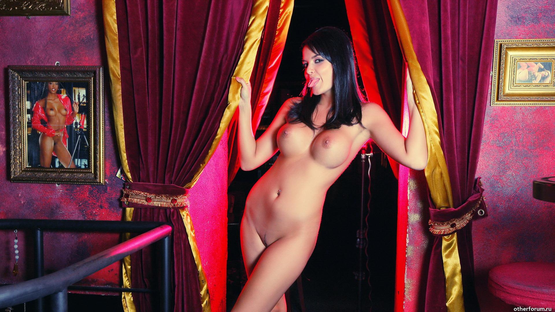 erotika-striptiz