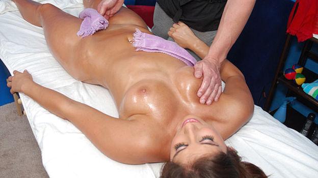seks-pole-massazha