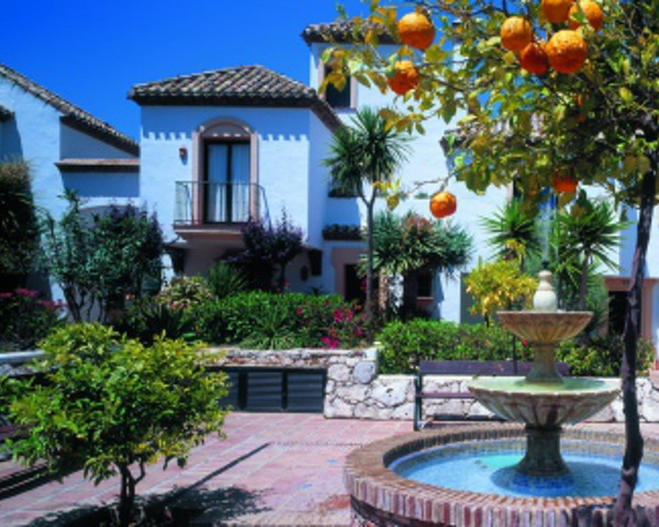 Снять квартиру на побережье в испании