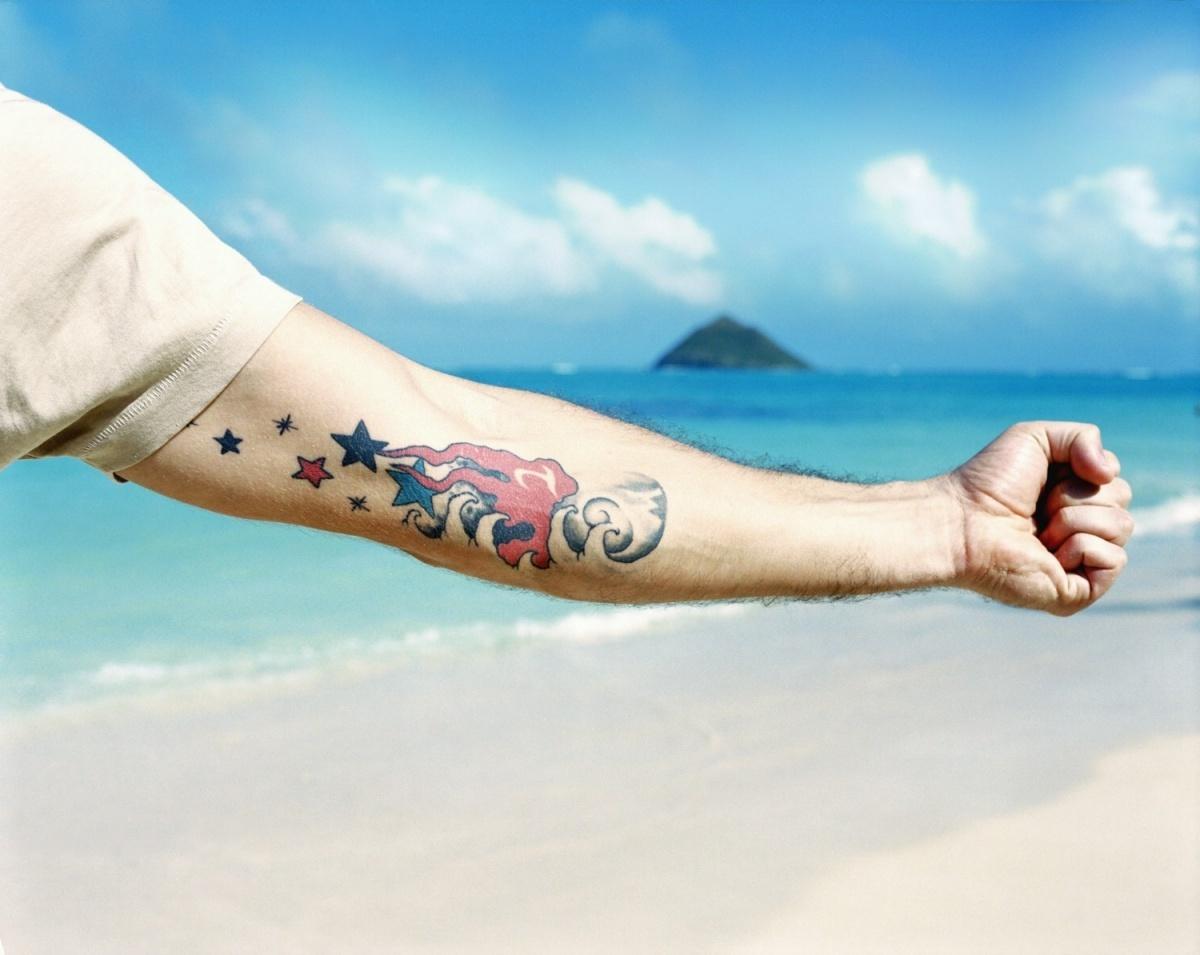 Фото татуировок на сгибах локтях
