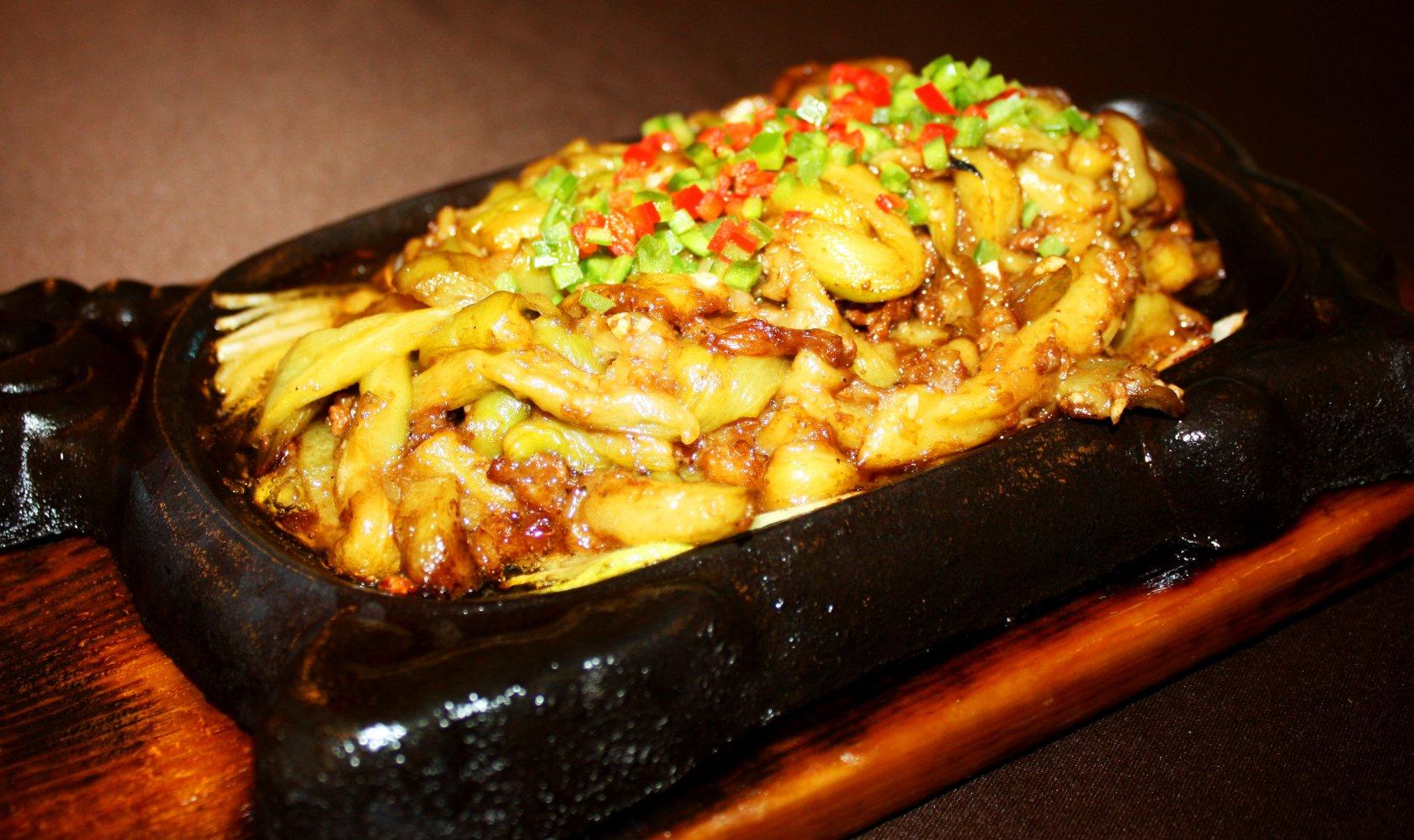 Мясо с баклажанами на сковороде рецепт пошагово