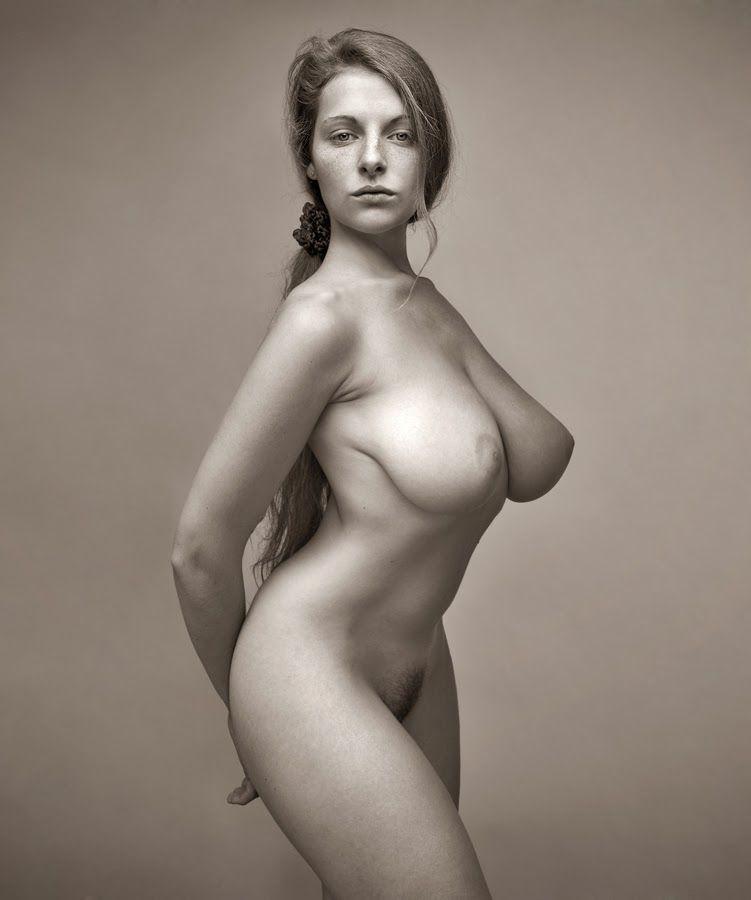 Фото Обнаженных Крупных Женщин