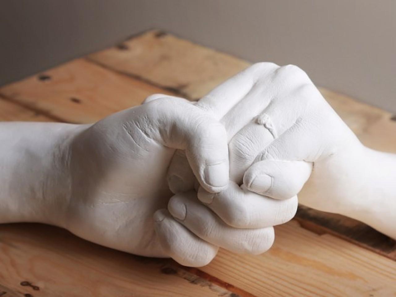Гипсовая рука своими руками : как ее сделать? 469