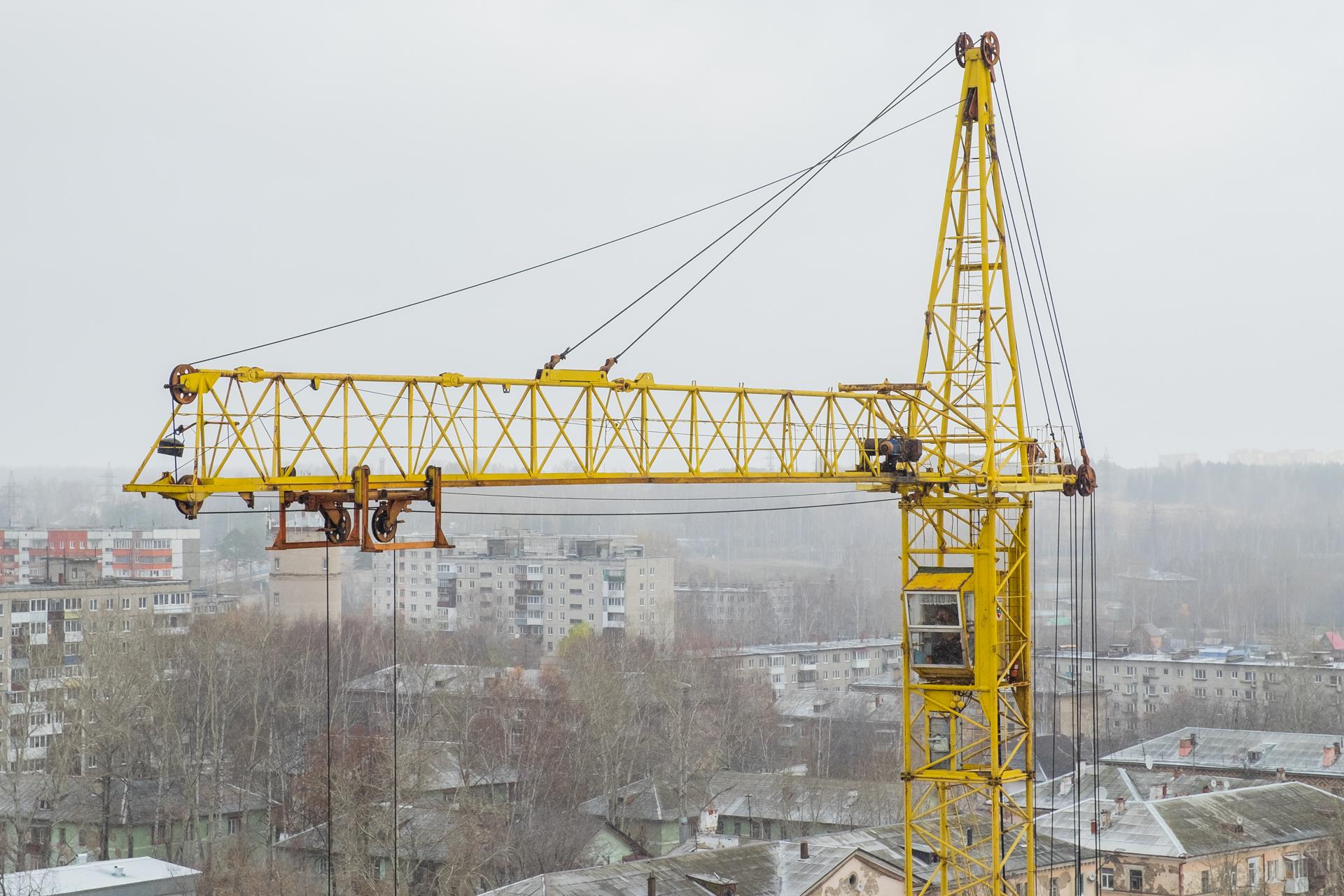 Башенный кран для строительства дома 190