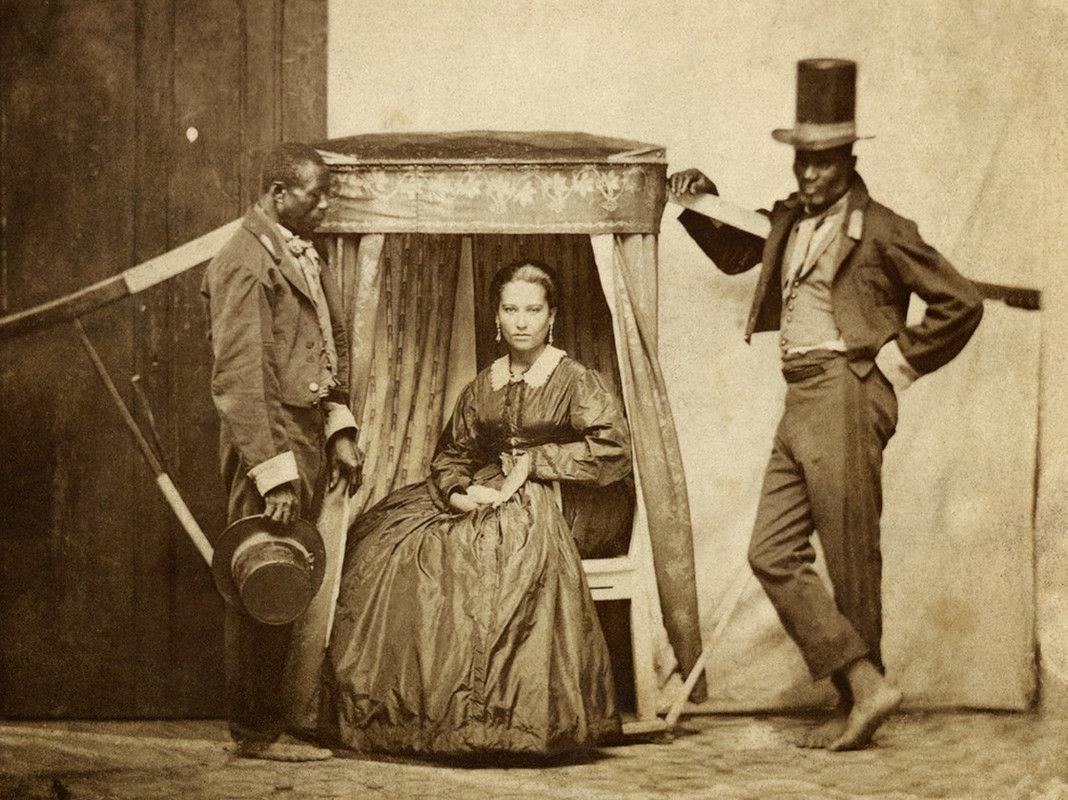 фото хозяин и рабы - 7