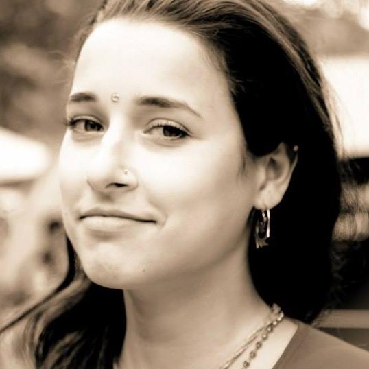 Марина Глущенко, студия йоги VEDALIFE