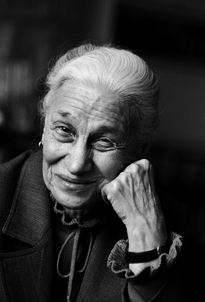 a biography of eve arnold an american photojournalist Eve arnold: photojournalist famed for her intimate arnold's career as a photojournalist spanned over 40 years first american woman member of the.