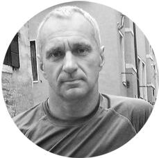 АНДРЕЙ ВОЛКОВ Мастер спорта и дипломированный тренер по плаванию. Финишер IRONMAN