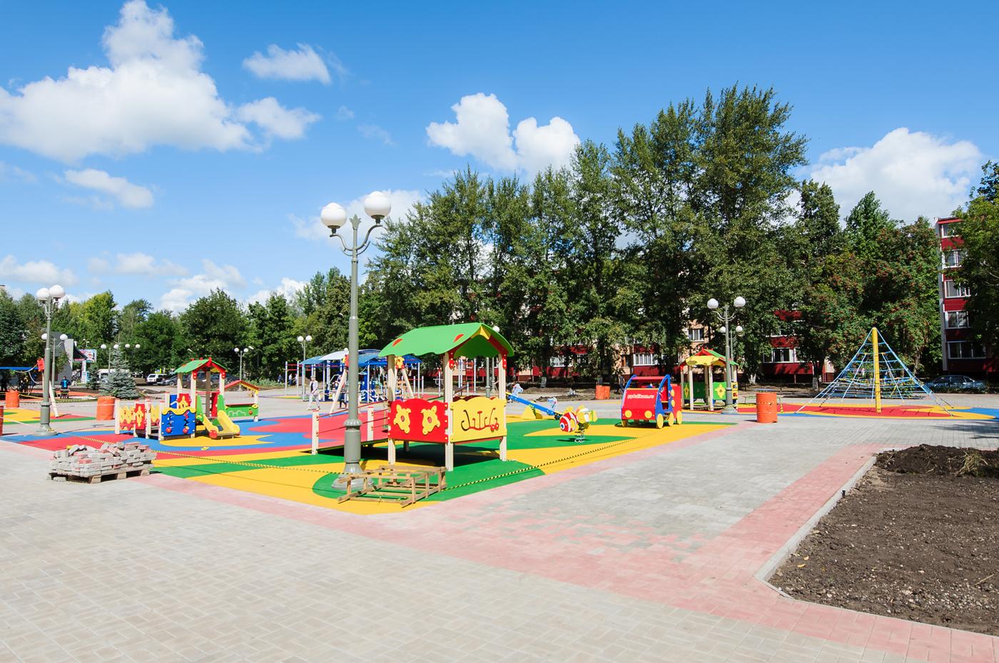 В Сосновке состоялось торжественное открытие сквера