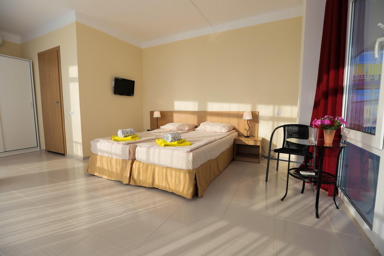 Двухместный номер в отеле Марсель, Лермонтово