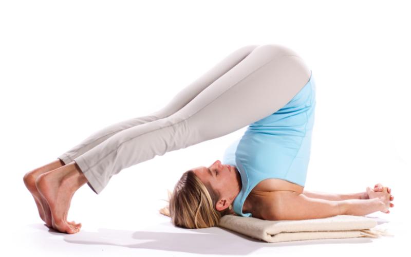 Йога для молодых девушек Киев