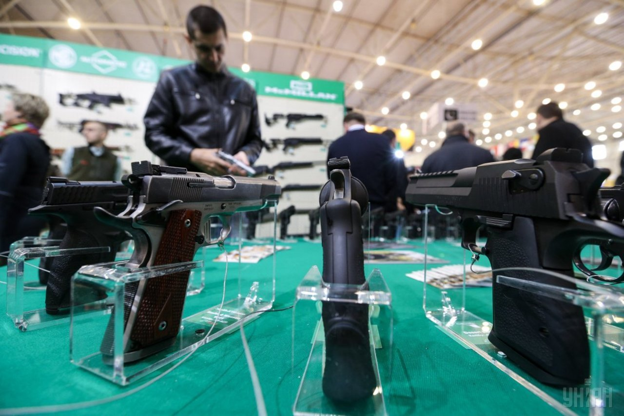 Физлица и юрлица могут получить право на гражданское огнестрельное оружие