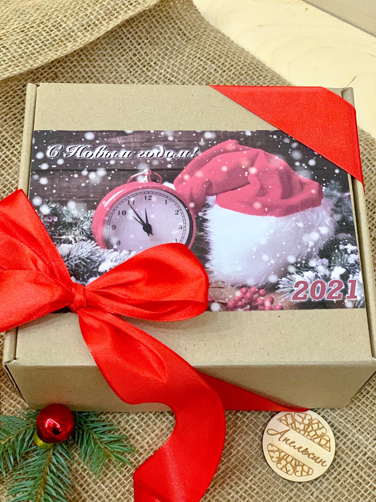 Корпоративные подарки к Новому году