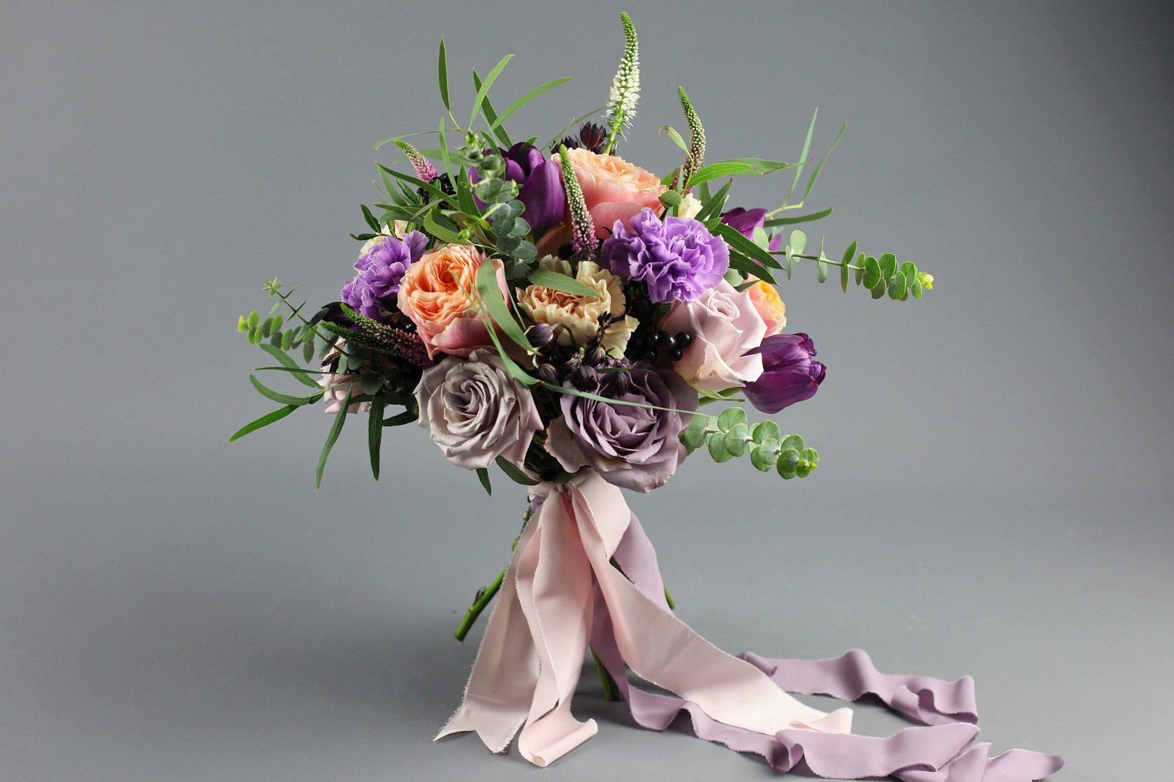 Цветы вуали, профессиональные букеты флористика фото
