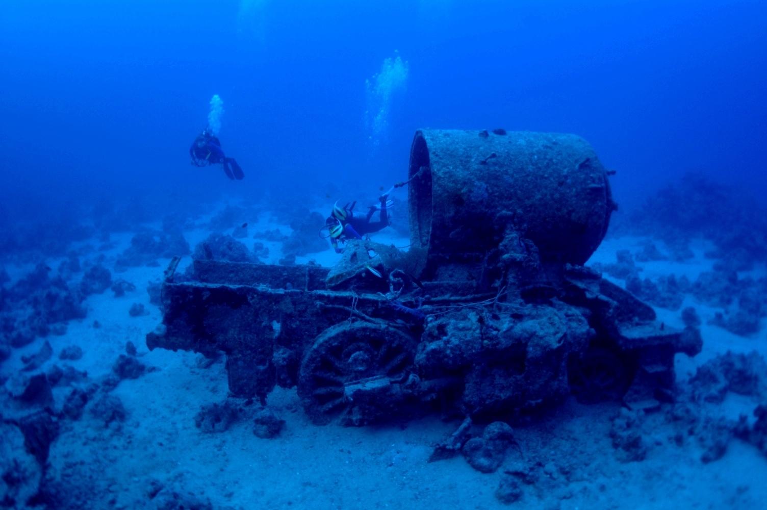 как фото поднятия затонувших кораблей девушка нуждаетс ятолько