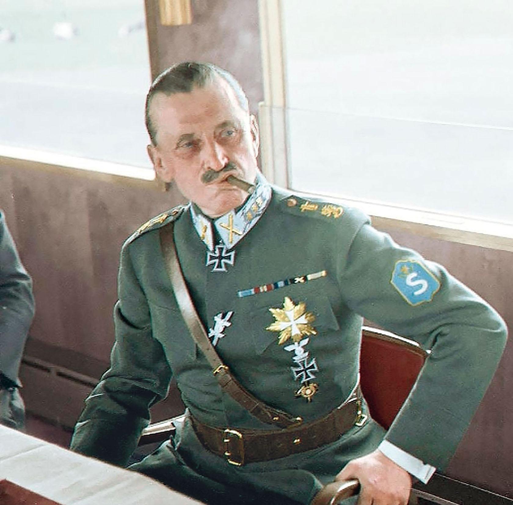 Густав Эмиль фон Маннергейм.