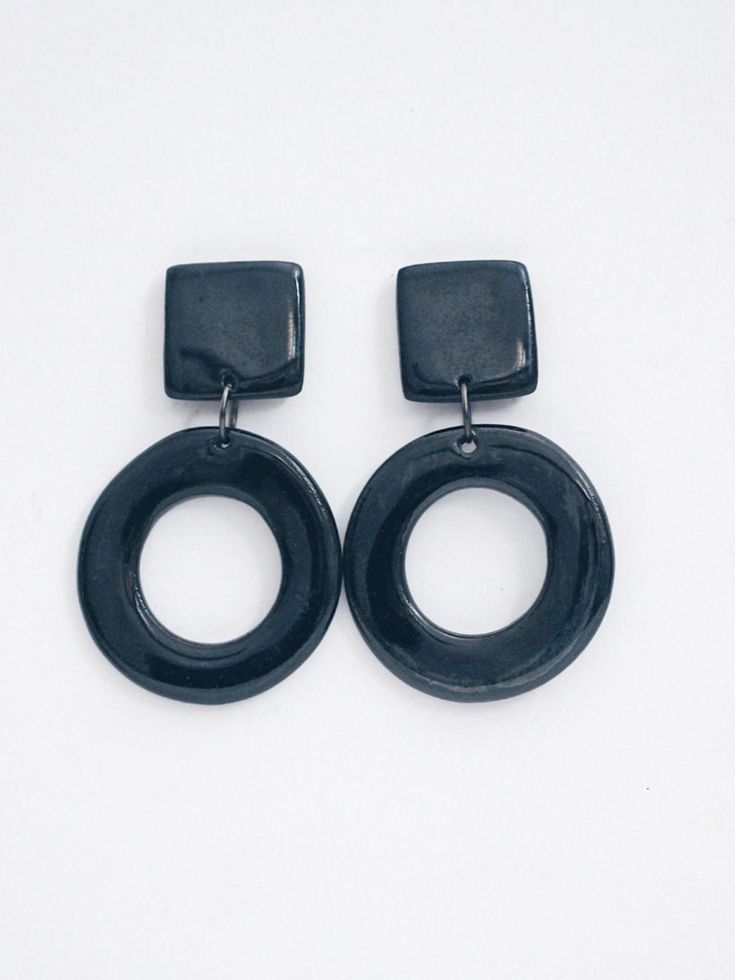 Крупные круглые серьги Cosmicbead, черные кольца серьги, стильные украшения, купить серьги, оригинальный подарок подруге