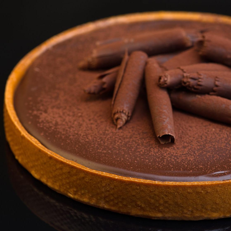 Chocolate Tartwith Tonka beans