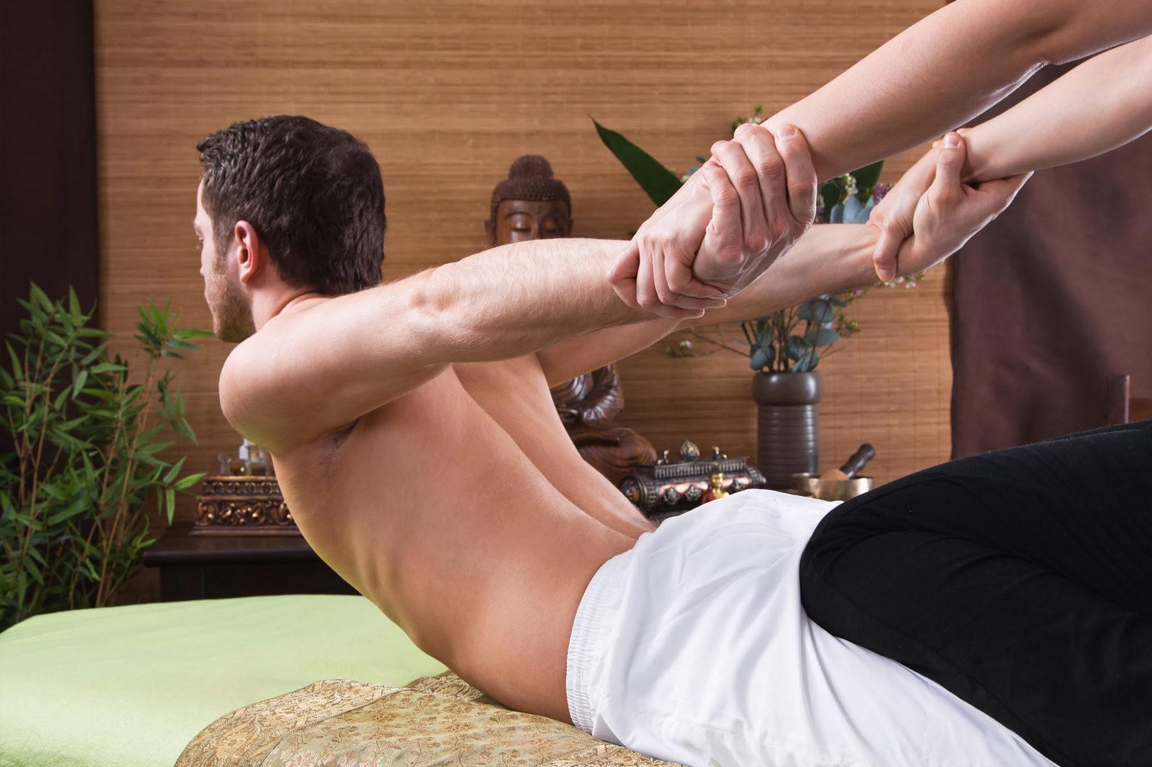 тебя тайский массаж мужчин видео продолжала отсасывать