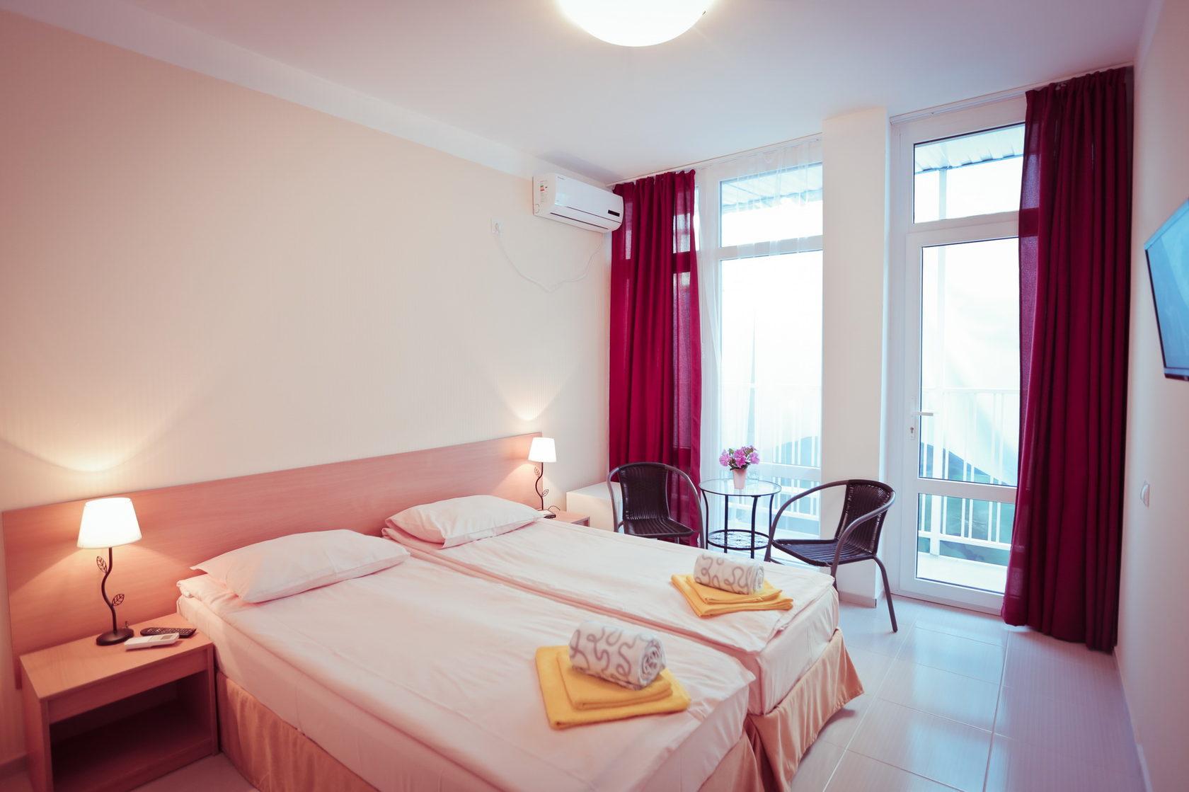 Двухместный номер с панорамными окнами в отеле Марсель, Лермонтово