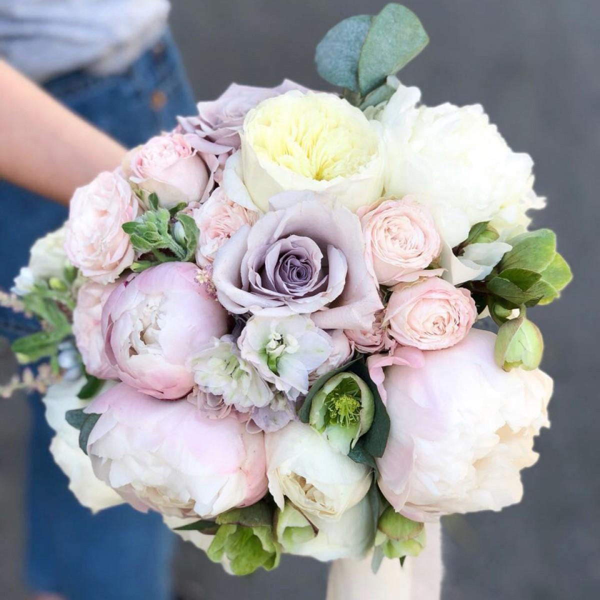 Свадебные букеты - цены харьков, лилии букет невесты