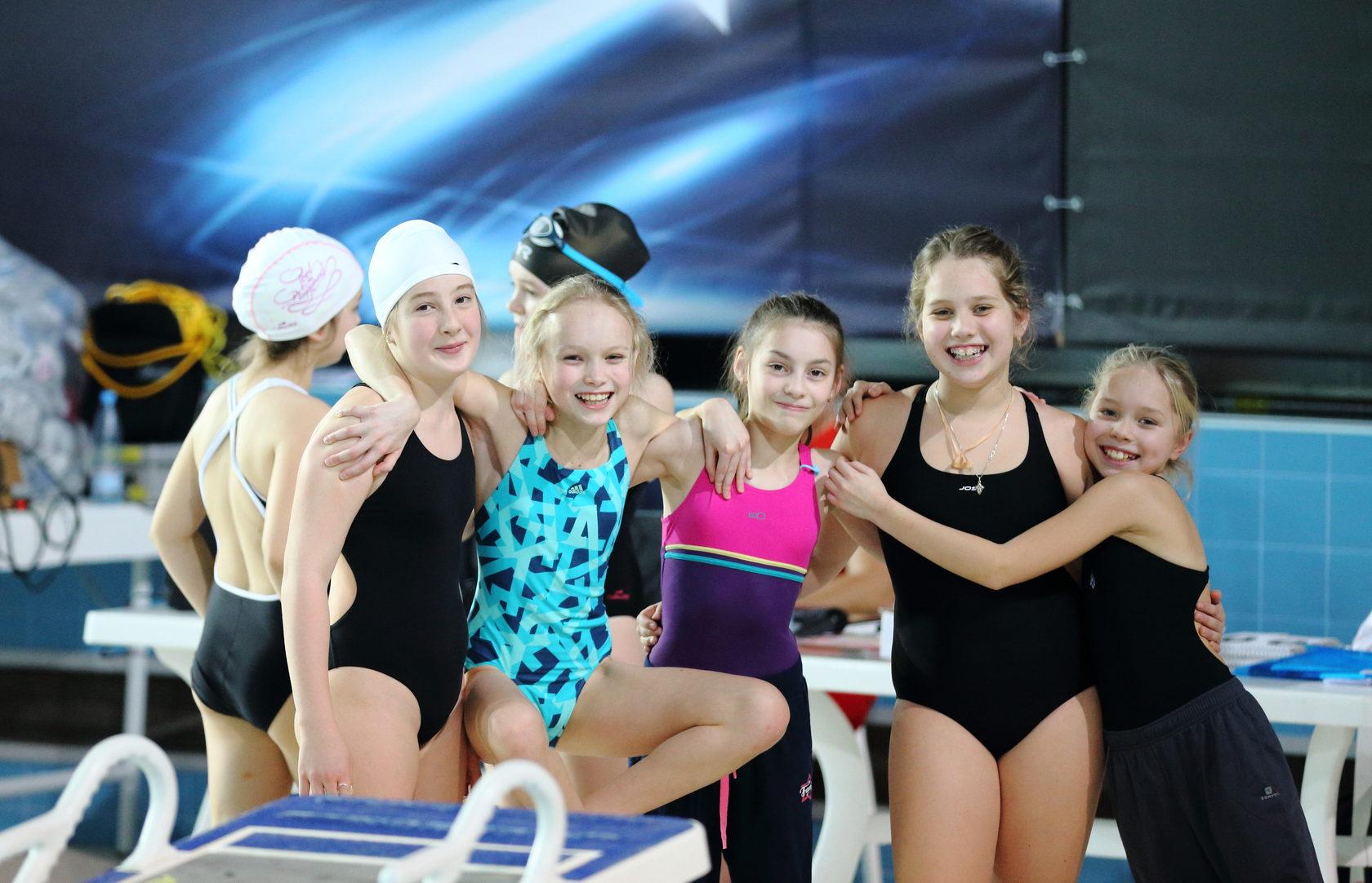 синхронное плавание клубы в москве