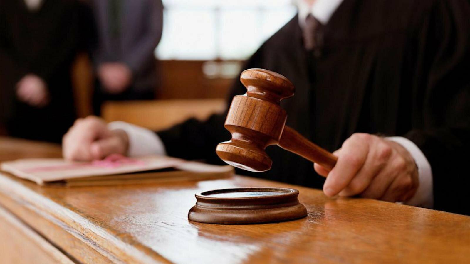 ВС пояснил, что свидетельствует о наличии корыстного мотива в незаконном лишении свободы лица и в грабеже