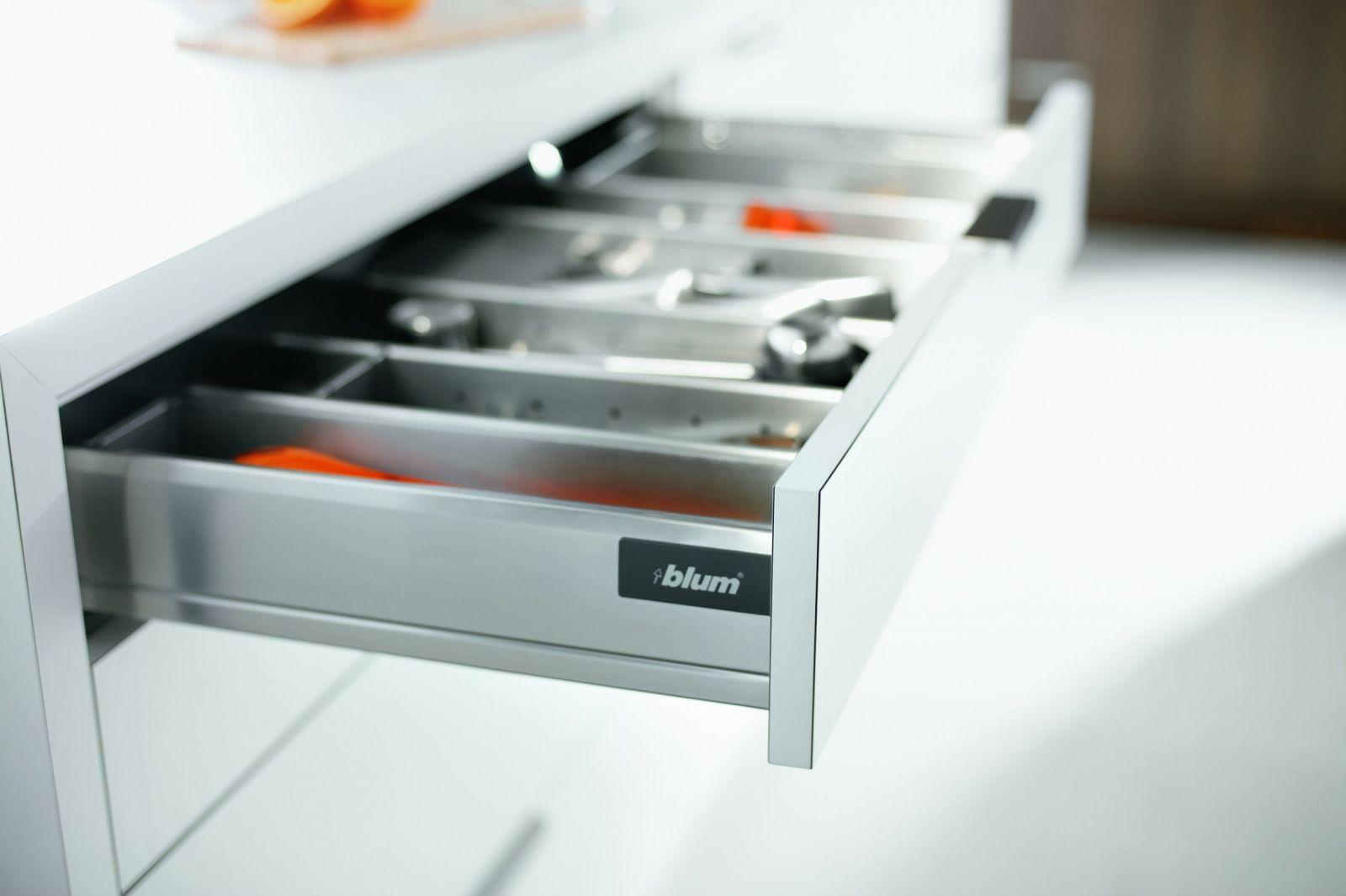 Ящик для кухни на заказ с фурнитурой Blum