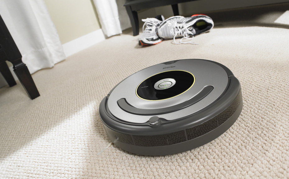roomba Every roomba® robot combines a powerful cleaning system with intelligent sensors to help thoroughly vacuum your floors the new roomba® i7+ robot vacuum is equipped with advanced features that.