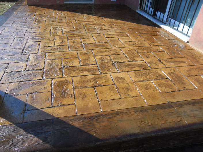 Дамаск печатный бетон москва в какой пропорции добавлять жидкое стекло в цементный раствор