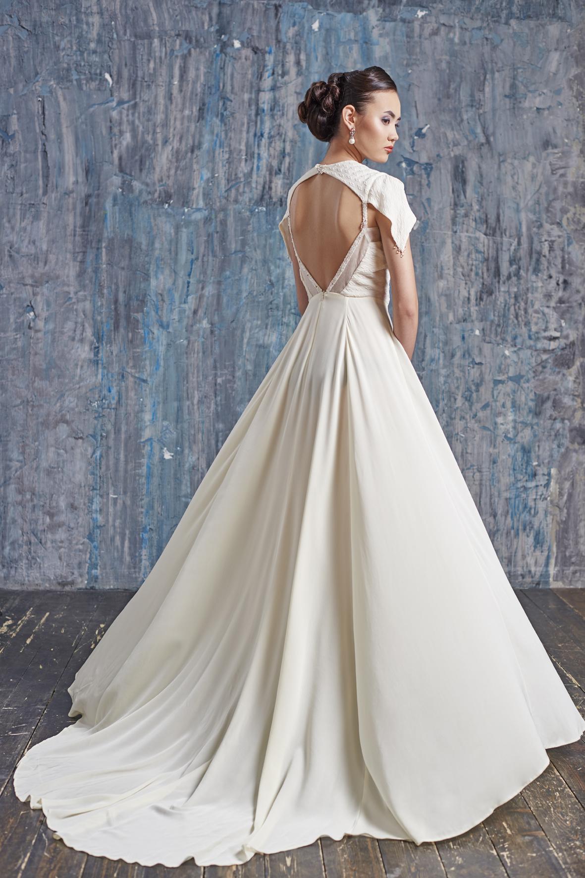 свадебное платье из шелка фото какие