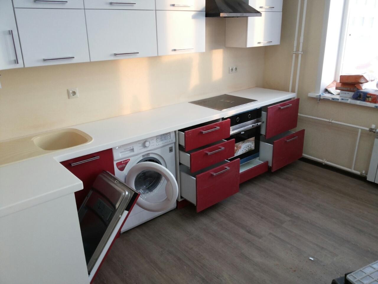 Кухонный гарнитур со стиральной машиной