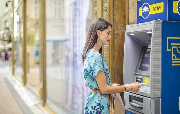 В мире растет спрос на банкоматы вне отделений