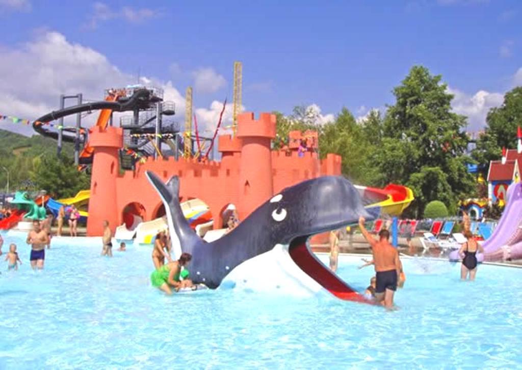 Детская зона в аквапарке Черномор