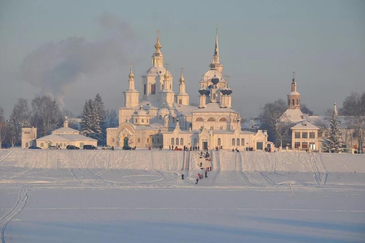 Соборное дворище Великий Устюг