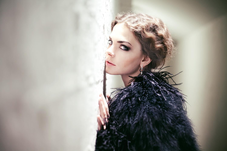 The first photos of Liza Boyarskaya and Maxim Matveev appeared in the roles of Karenina and Vronsky 08.02.2016