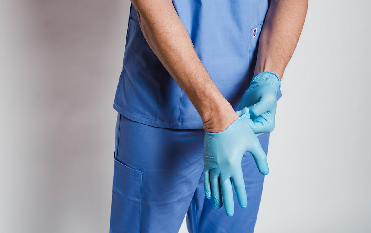 К какому врачу обращаться при болях в молочной железе - фото 1