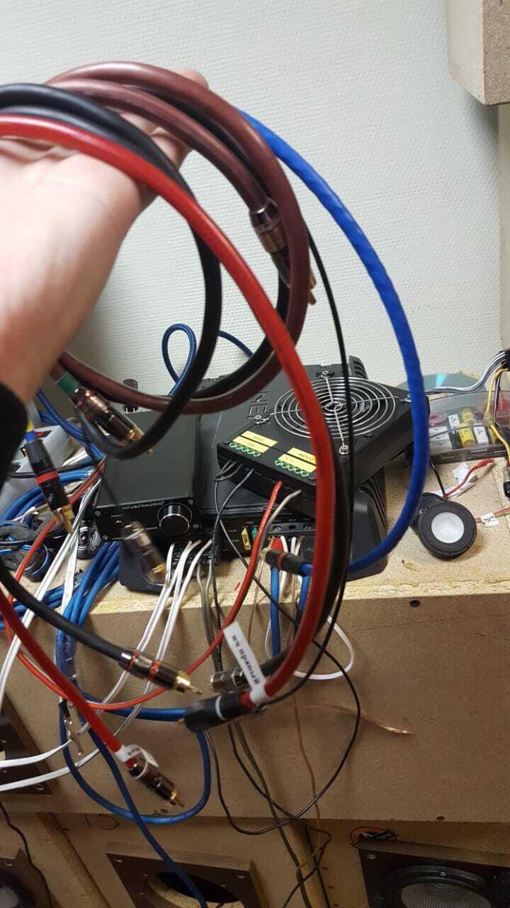 тест межблочных кабелей