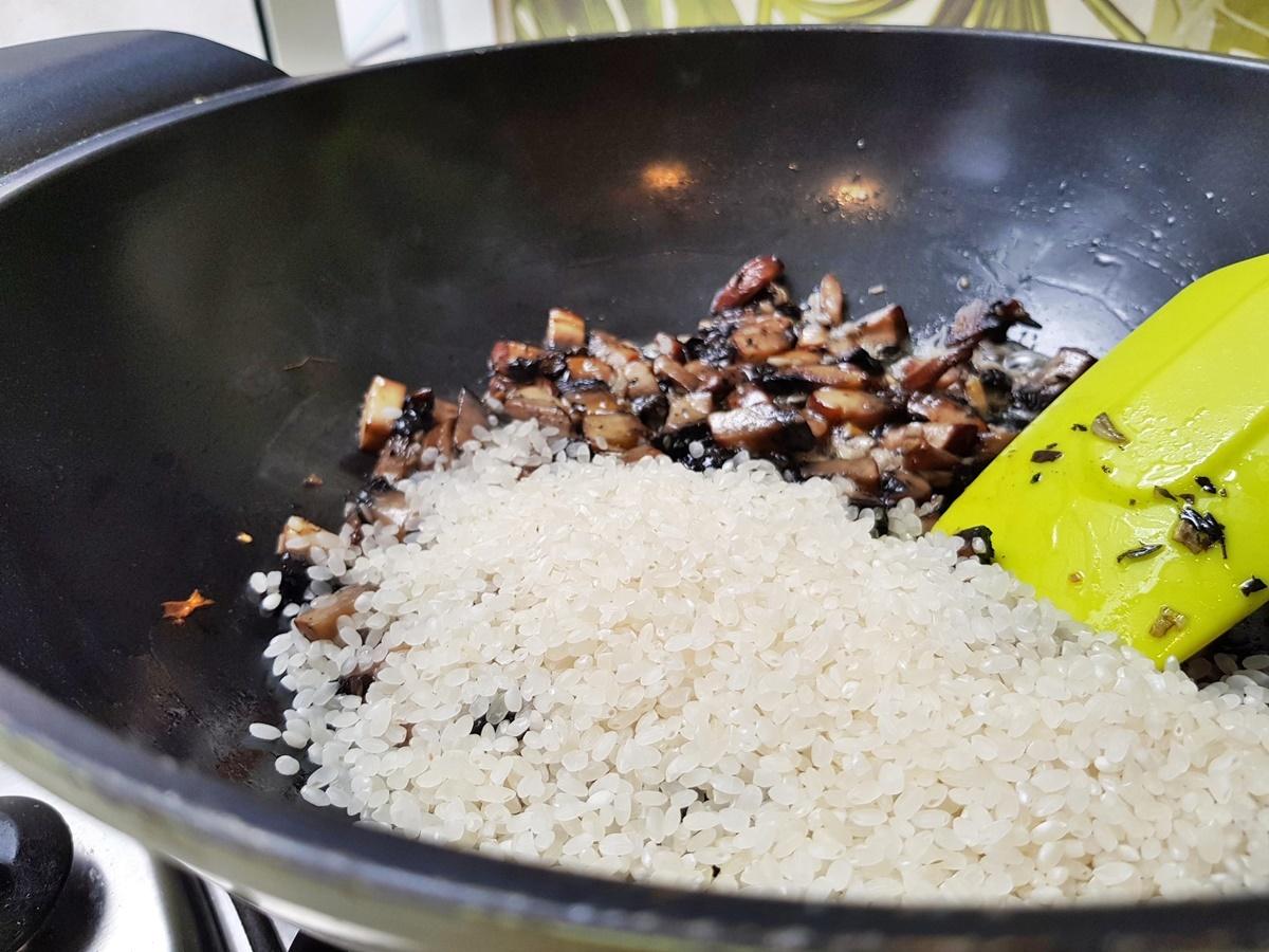 Ризотто - Рис с грибами и семгой. Подробный рецепт с фото.